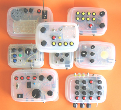 Home-Made Synths from Tupperware Trip the Light Fan-