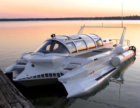 Submarine-Powerboat Hybrid Soon To Be On Sale For $US3.5m