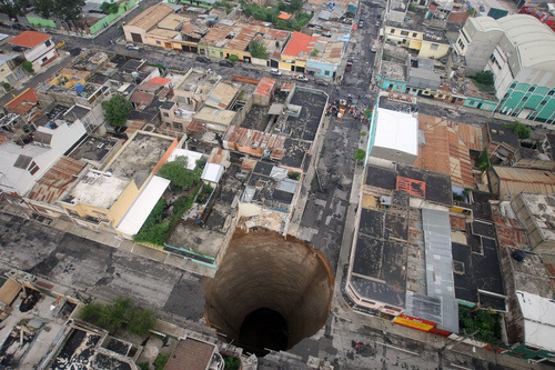 Sinkholes' size ranges from low terrain depressions to hundred of metres.