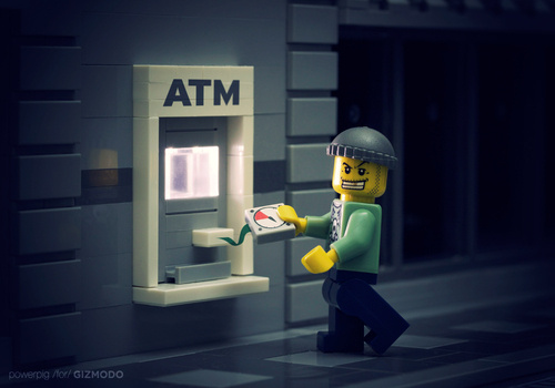 How Anyone Can Fake an ATM and Steal Your Money