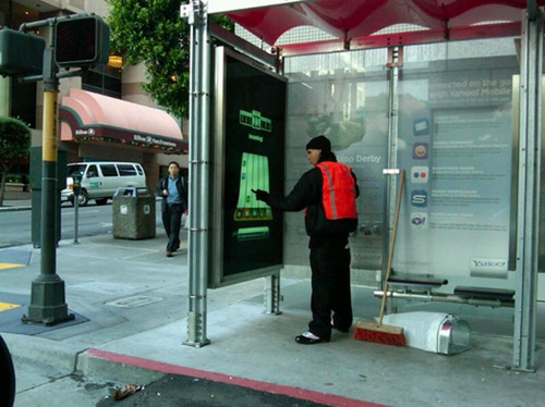 San Francisco Gets Inter-Bus Stop Multiplayer Gaming