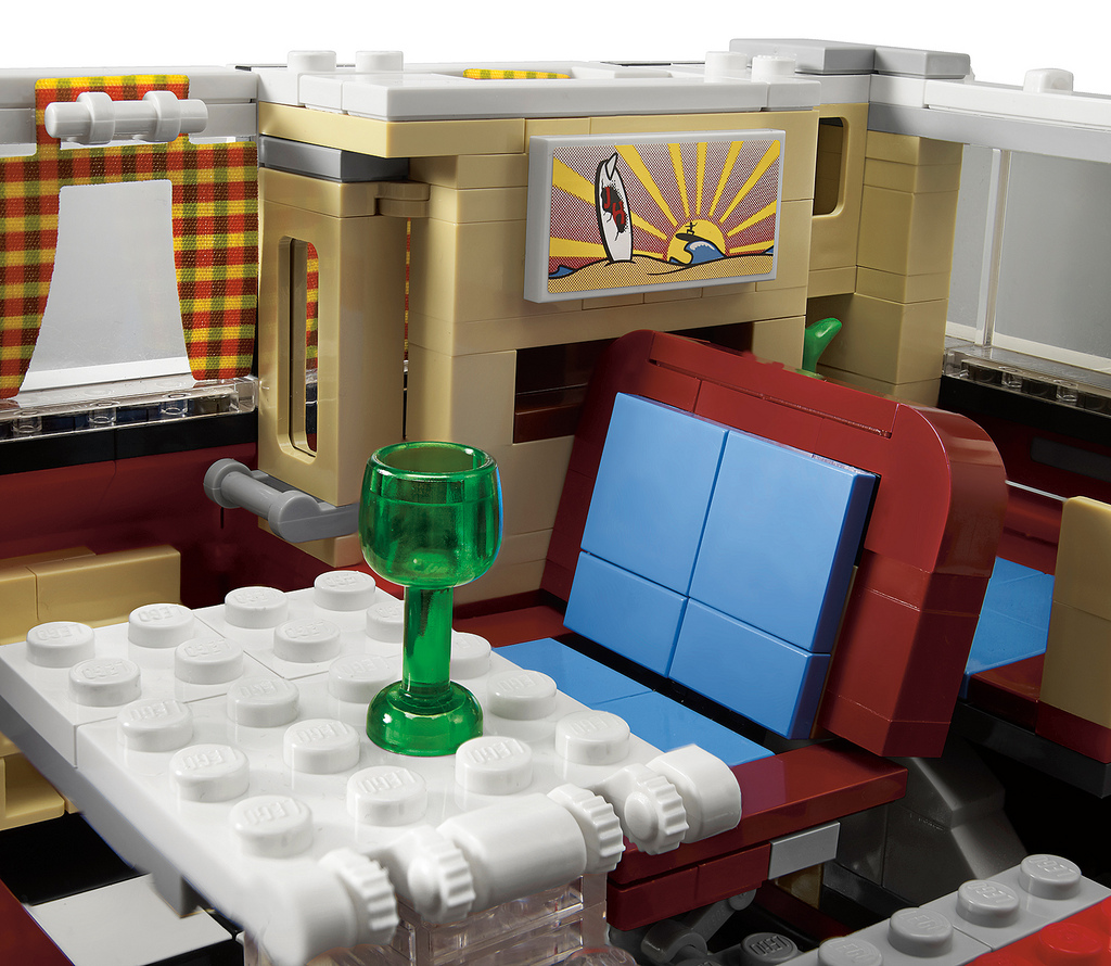 Lego volkswagen camper van is a must have model even if for Chambre lego
