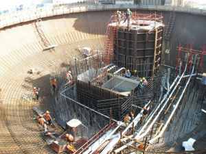 Giz Explains: Is it Possible to Build a Disaster-Proof Nuclear Power Plant?
