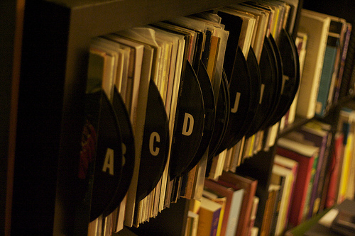 Vinyl Record Book Cover Diy : Organise your books and music with diy labeled dividers