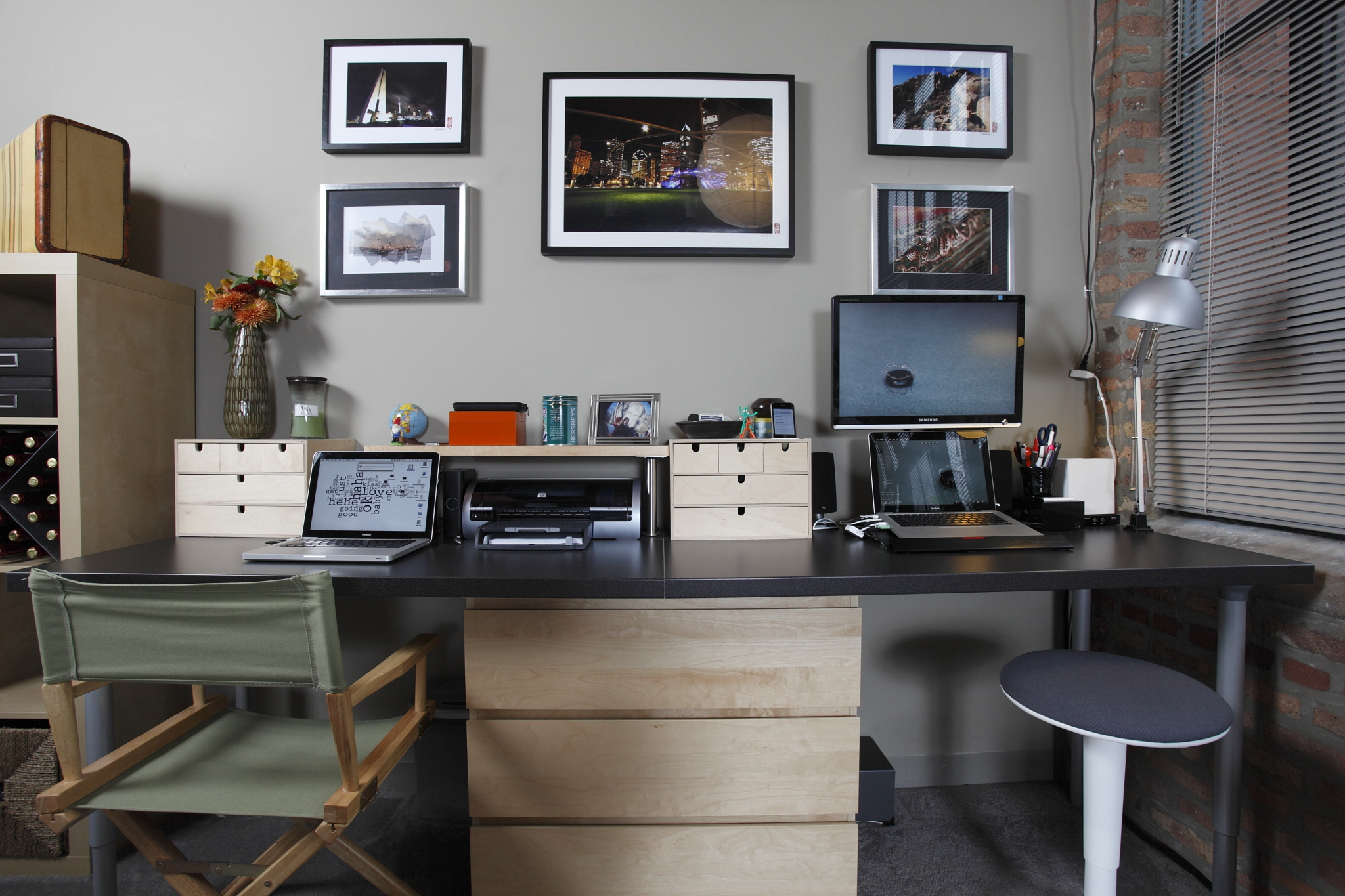 Reworking the home office with a dash of ikea lifehacker for Home office decor ideas